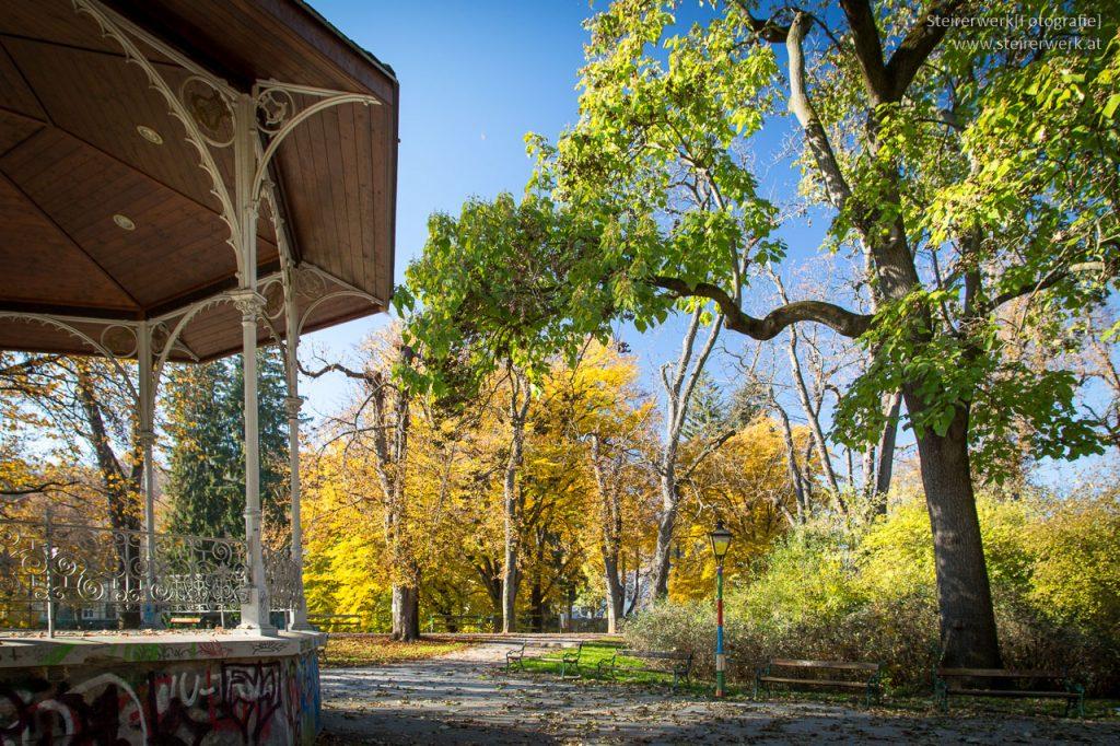 Stadtpark Pavillon im Herbst