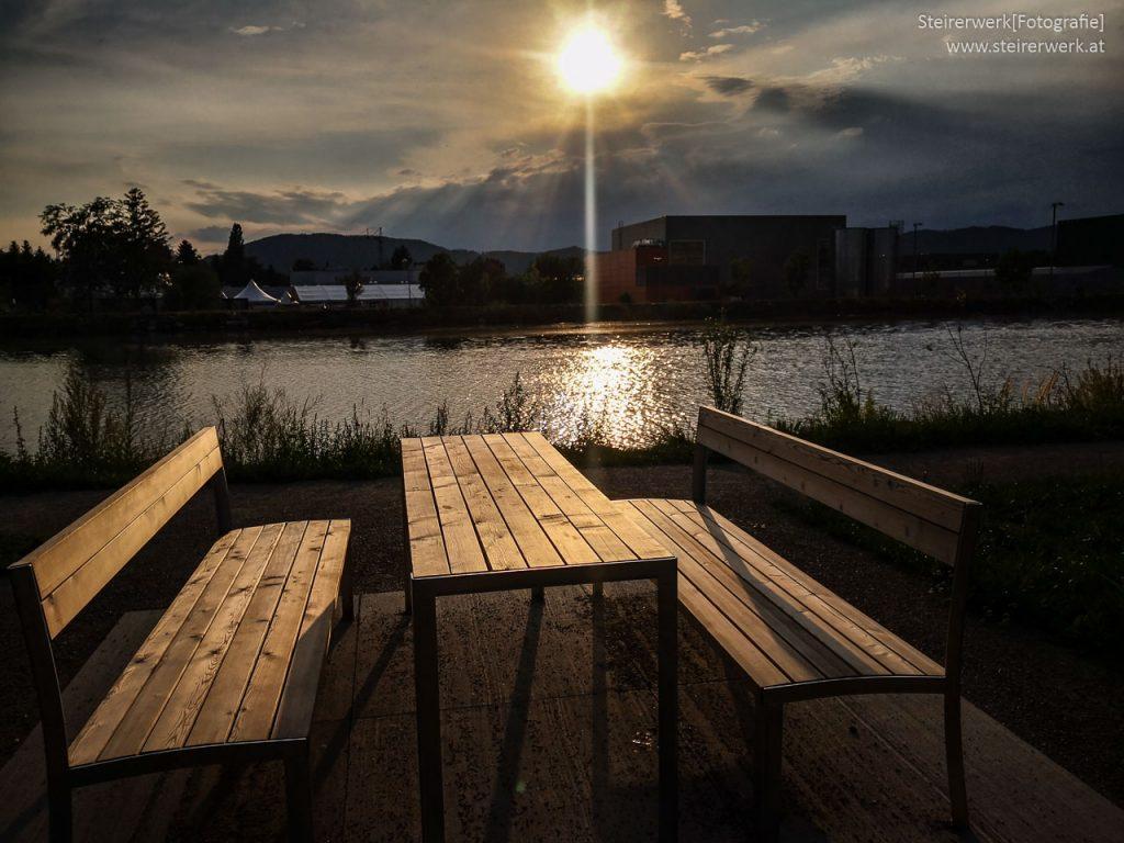 Sonnenuntergang Tisch